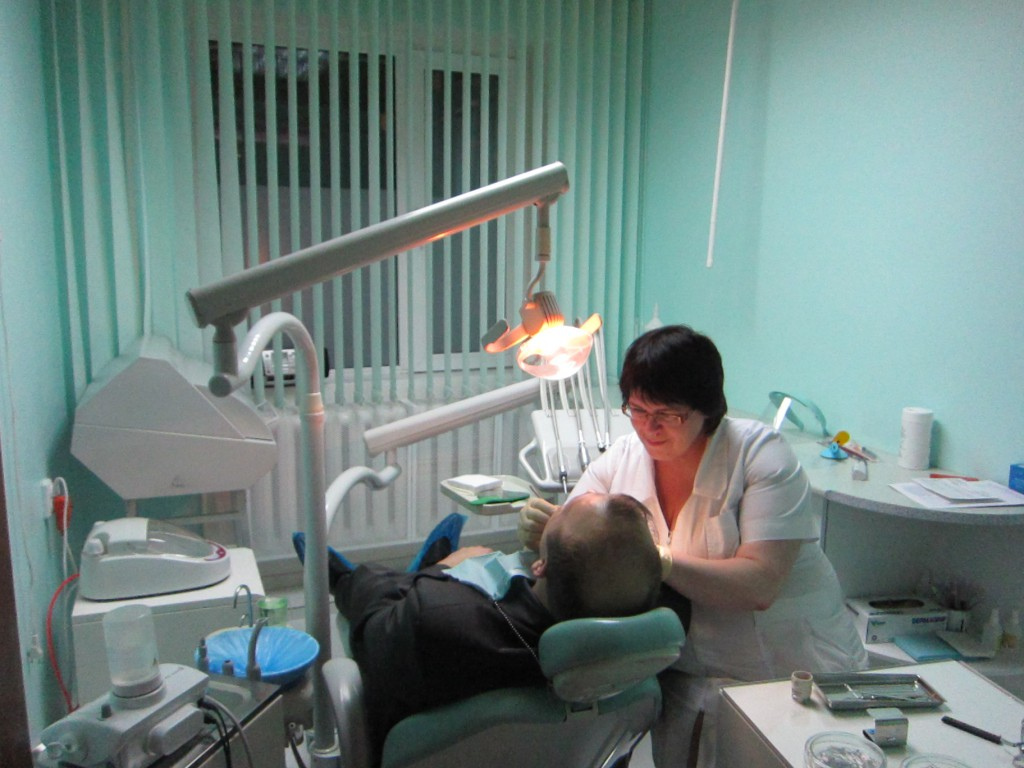 Юнидент стоматология врачи